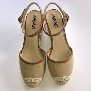 ABOUND:Simone Wedges Espadrille 6M.